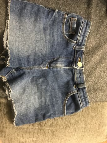 Продам шорты джинсовые на девочку