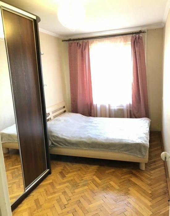 Продам 2к квартиру на Малышка 3 возле метро Дарница Китайская стена Киев - изображение 1