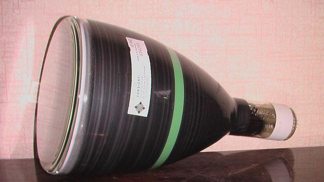 Электронно-лучевая трубка D18-141GH (ГДР) для осцилографа