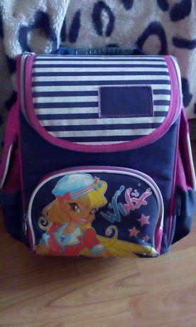 Школьный ортопедический каркасный рюкзак для девочки
