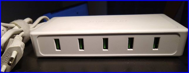 Ładowarka stacja ładująca tronsmart UC5F Titan, 5x USB, 3A