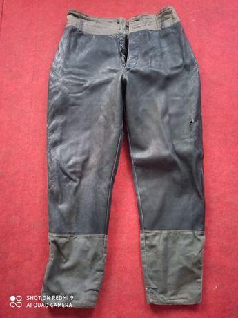 Продам кожаные антикварные штаны