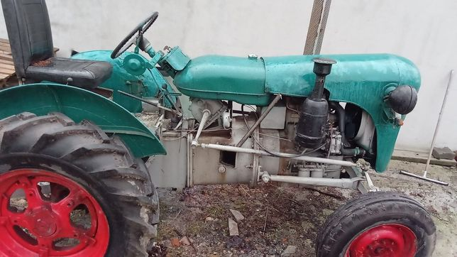 Traktor Zetor K 25