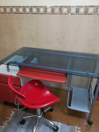 Secretária 2 cores + cadeira rotativa
