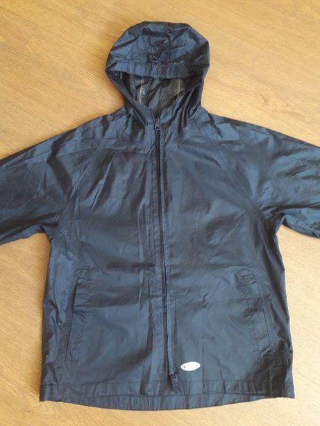 Куртка - вітровка (на ріст 140 см)