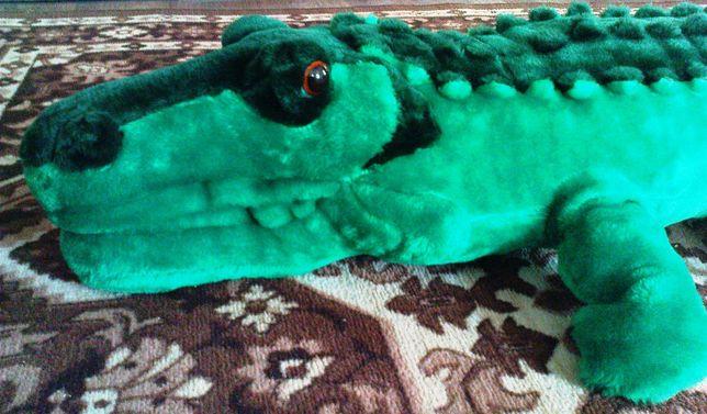 Большая мягкая игрушка крокодил
