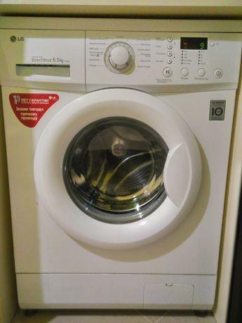 LG стиральная машинка на 5кг в хорошем состоянии