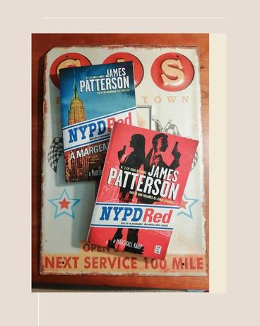 "Livros ""N.Y.P.D. Red"", de James Patterson"