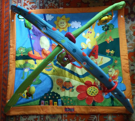 Развивающий коврик Tiny Love продаю