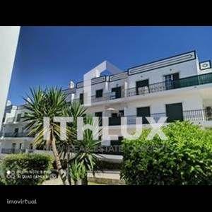Apartamento T2 com vista mar, 2 Casas de Banho e Garagem