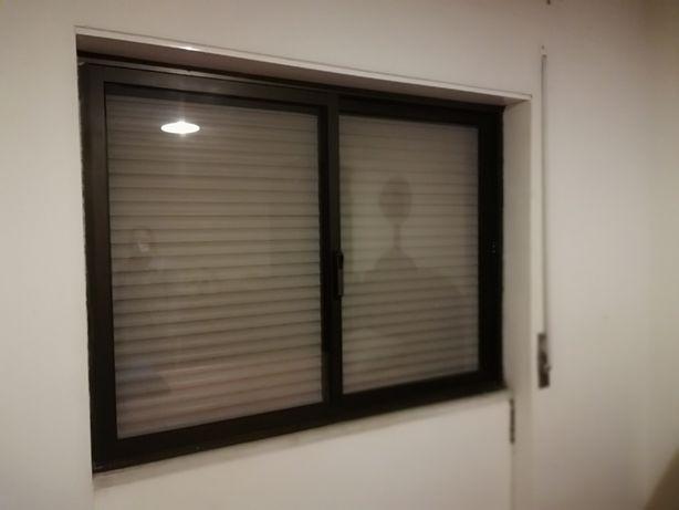 Estores e caixilharia janelas e portas