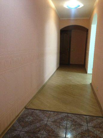 БЕЗ КОМИССИИ!!! Продам 3-комн квартиру на Бажана 36 -метро Харьковская
