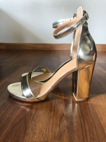 Złote buty, sandałki Badura 37