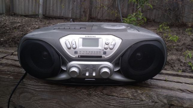 Музыкальный центр Samsung RCD-S30