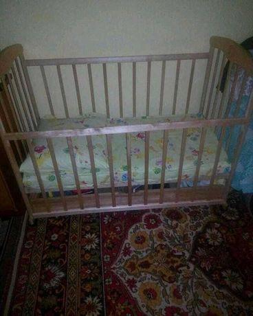 Продам новую кроватку