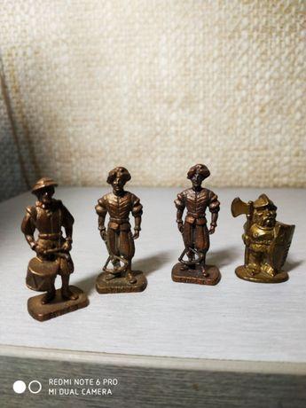 Металлические солдатики из Киндера серия SWISS