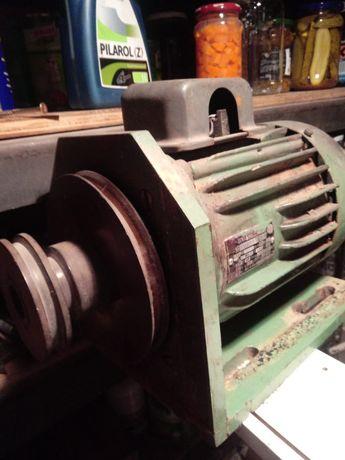 Silnik SZJK Trójfazowy 380w
