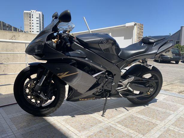 Moto yamaha R1 2008