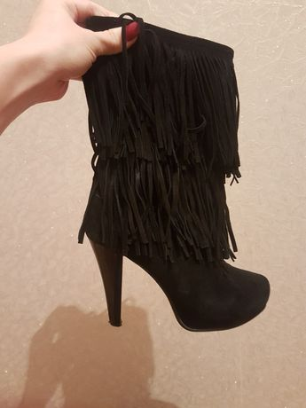Зимові(замшеві) сапоги на каблуку