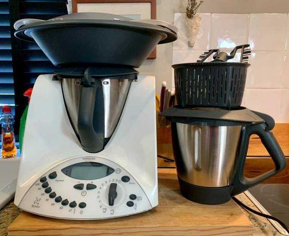 Bimby TM  31 - Robot de Cozinha e 2.º copo