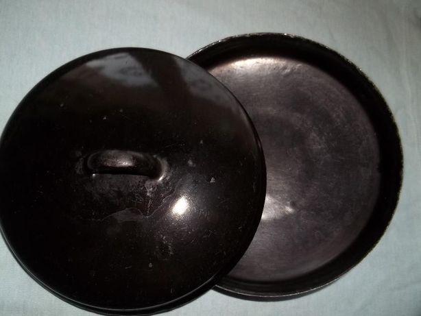 Pokrywki emaliowane czarne