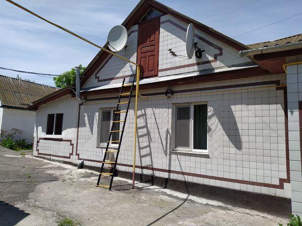 Будинок 20 км від Умані,траса Київ-Одеса