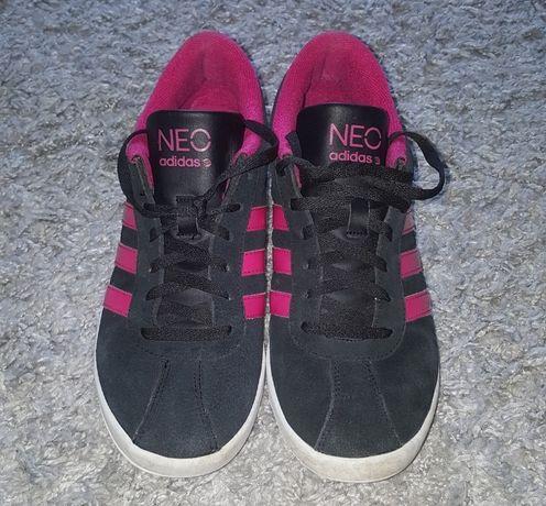 Оригинал.фирменные,замшевые,стильные кроссовки adidas neo