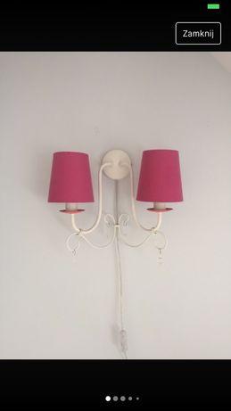 Różowa lampka z kryształkami kinkiet