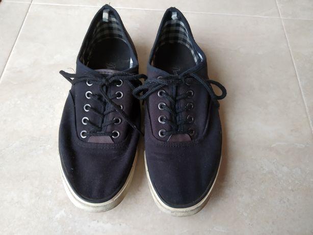 Ténis/Sapato