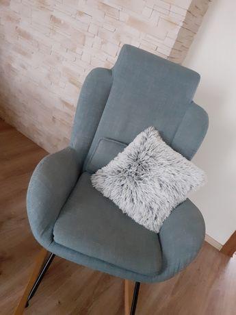 Fotel bujany uszak