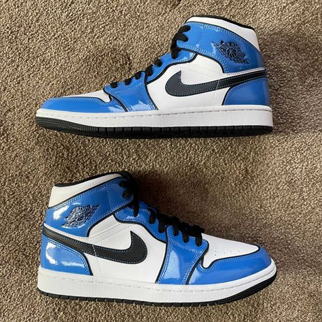 Jordan 1 Mid Signal Blue 41/42
