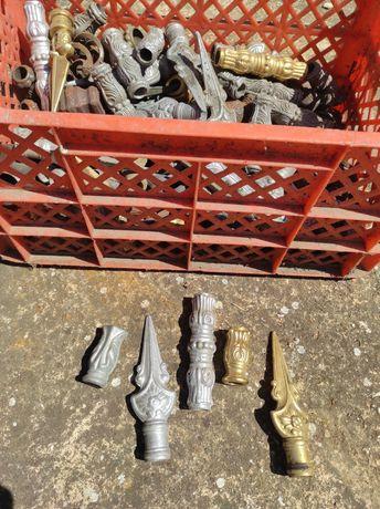 Enfeites para portões de ferro para enfiar em tubo redondo de 16mm