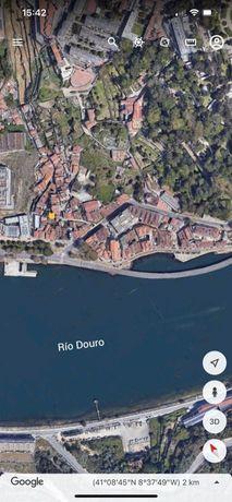 Terreno Rio Douro -Escadas do Roleto- Massarelos -Porto