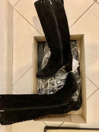 Botas de camurça pretas com salto