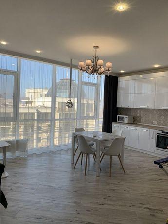 Шикарная  квартира -94м2 новая-ремонт, мебель, техника! Заходи и живи!