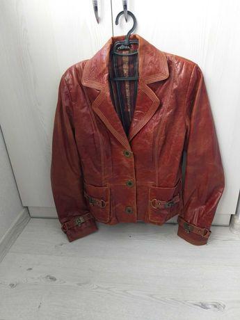 Кожанный стильный пиджак