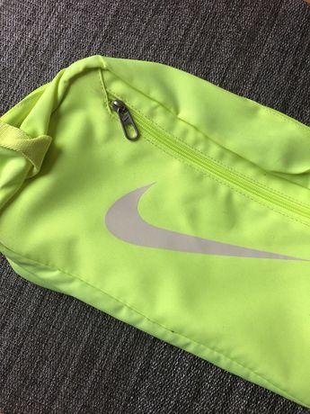 NOWA Nike nerka kosmetyczka torba