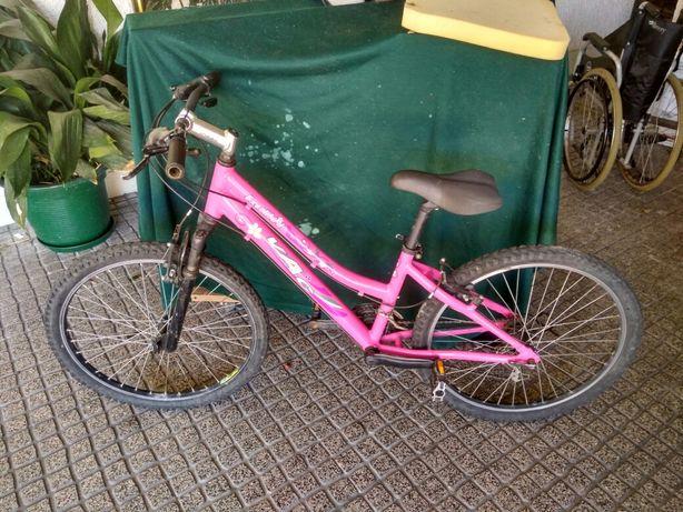 Vendo bicicleta menina