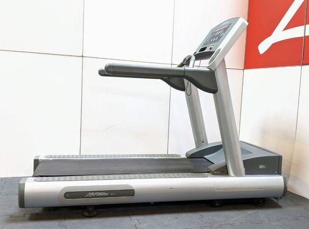 Profesjonalna Bieżnia Life Fitness 93Ti Gwarancja 2 lata