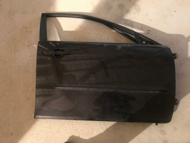 Праві передні двері Мазда 6, 2003-2008 рік