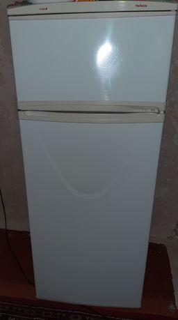 Продам рабочий холодильник