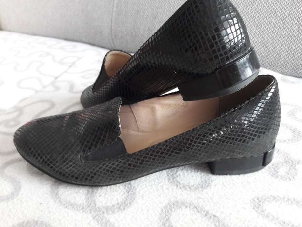 Buty skórzane wzór jak skóra węża rozm.37