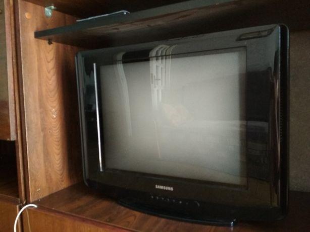 Телевизор Samsung Slim Fit