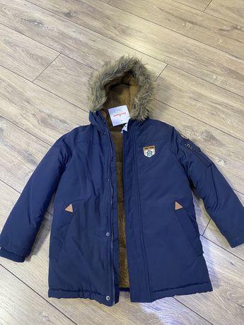 Зимняя  новая куртка 6/7 покупалась в Антошке