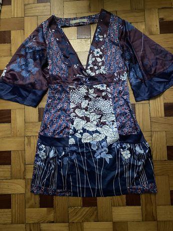 Vestido com motivos orientais Zara S ( lêr descrição completa pf)
