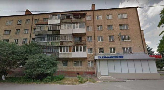 """2 кімнатна квартира 400м. від ТРЦ""""Промінь"""""""