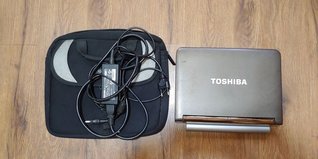ПРОДАЮ ДЁШЕВО! Японский нетбук Toshiba NB200-10Z
