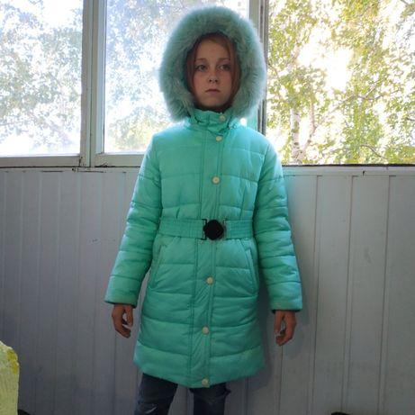 Теплая зимняя девичья куртка фирма BARBARIS 140р 550гр