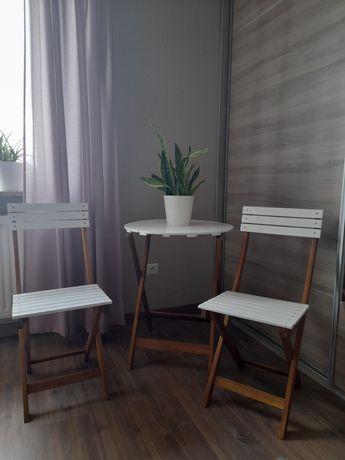Stół i krzesła  (składane )