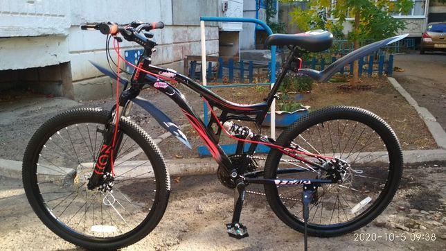 """Продам велосипед """"BENOM""""26, горный, цвет черно-красный"""